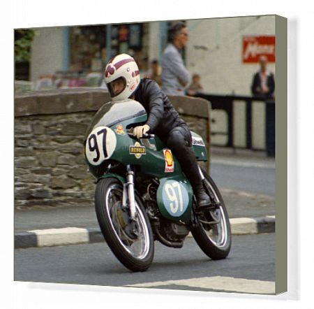 Bob Pails (Drixton Aermacchi) at Quarter Bridge: 1972 Junior Manx Grand Prix