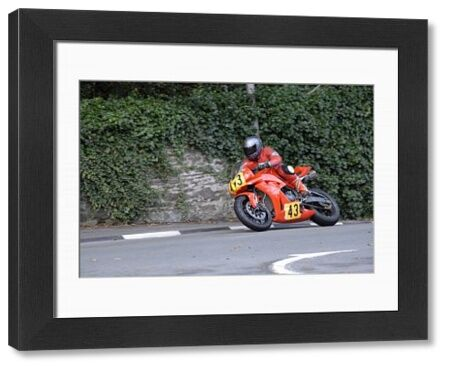 Iain Hill (Honda) leaves Governors Bridge: 2009 Senior Manx Grand Prix