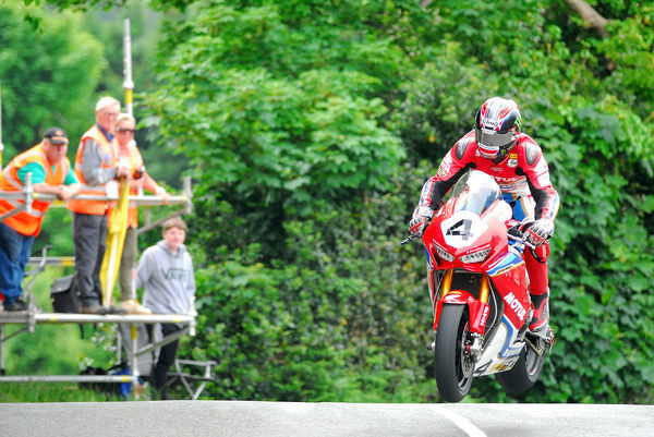 Ian Hutchinson (Honda) on Ballaugh Bridge: 2018 Senior TT
