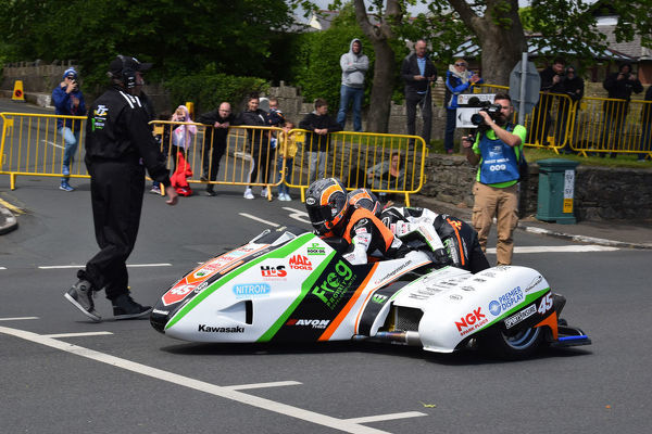 Maria Costello & Julie Canipa (LCR) 2019 Sidecar TT