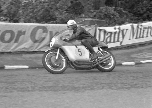 Mike Hailwood (MV) 1965 Senior TT