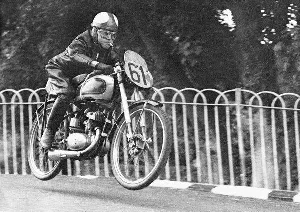 The Smokin' Bantam! Harvey Williams (BSA) at Ballaugh Bridge in practice for the 1952 Ultra Lightweight TT