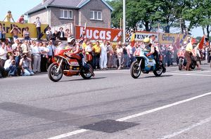 1978 Formula One TT; Read and Dunlop leave the line