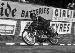 Albert Jones (MV) 1953 Ultra Lightweight TT