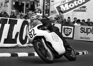 Albert Moule (Norton) 1966 Junior TT