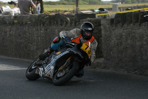 Andrew Brown (Triumph) 2009 Southern 100