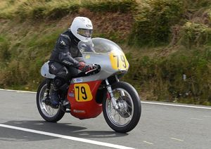 Arthur Jones (Matchless) 2016 Senior Classic TT