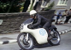Bernie Lund (AJS) 1965 Junior TT