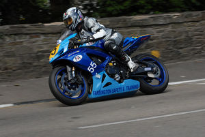 Bob Farrington (Suzuki) 2009 Senior Manx Grand Prix