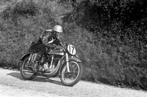 Bob Mawson (Norton) 1953 Senior Manx Grand Prix