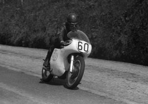 Bruce Daniels (Norton) 1959 Junior TT