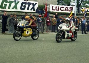 Charlie Sanby (Ducati) and Dave Croxford (John Player Norton) 19