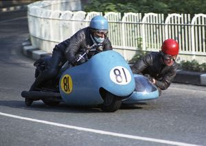 Colin Appleyard MBE & Vic Sherriffs (Norton) 1969 Sidecar TT