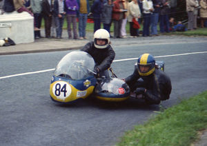 Dave Hemsworth & Jim Johnson (BSA) 1974 Sidecar 750 TT