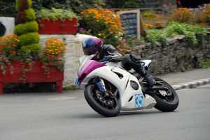 Dave Taylor (Yamaha) 2009 Junior Manx Grand Prix
