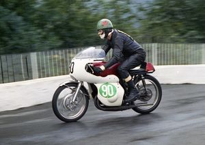 manx grand prix/david thomas kawasaki 1967 lightweight manx