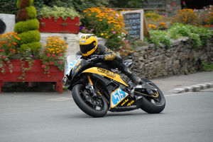 Derek Costello (Yamaha) 2009 Junior Manx Grand Prix