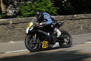 Derek Glass (Yamaha) 2009 Senior Manx Grand Prix