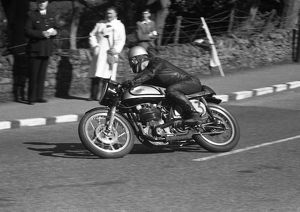 Ernie Washer (Norton) 1958 Senior Manx Grand Prix
