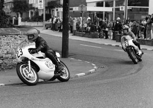 Geoff Morgan and Paul Griffiths (Yamaha) 1973 Lightweight Manx G