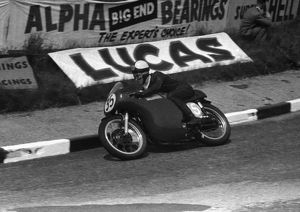 Geoff Tanner (Norton) 1958 Junior TT