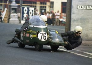 George O'Dell & Peter Stockdale (Triumph) 1970 500 Sidecar TT