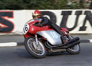 Giacomo Agostini (MV) 1966 Junior TT