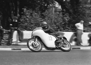 Hugh Anderson (Matchless) 1962 Senior TT