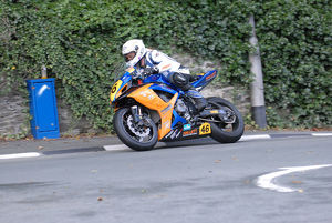 Ian Whitlow (Suzuki) 2009 Senior Manx Grand Prix