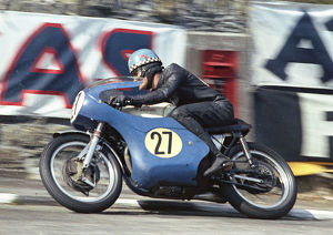 Jack Findlay (McIntyre Matchless) 1966 Senior TT