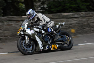 Jamie Adam (Suzuki) 2009 Senior Manx Grand Prix