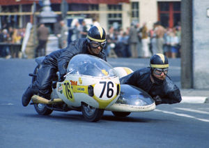 Joe Coxon & Stephen Galligan (Rumble BSA) 1970 Sidecar 750 TT
