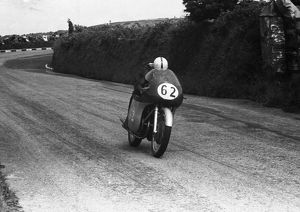 John Surtees (MV) 1958 Junior TT