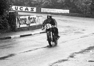 Leo Simpson (Matchless) 1954 Senior TT