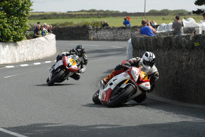 Michael Dunlop and Mark Buckley (Yamaha) 2009 Southern 100