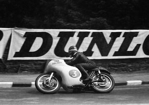 <b>Mike Hailwood</b><br>Selection of 89 items