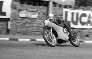 Mike Hailwood (EMC) 1962 Ultra Lightweight TT