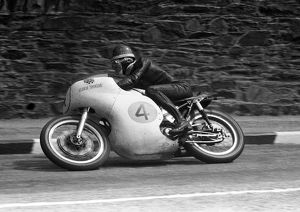 Mike Hailwood (Norton); 1960 Senior TT