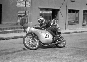 Mike Hailwood (Paton) 1958 Ultra Lightweight TT