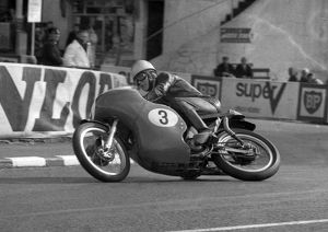 Oops! John Findlay (Norton) 1966 Senior Manx Grand Prix