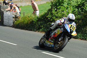 Paul Shoesmith (Honda) 2014 Southern 100