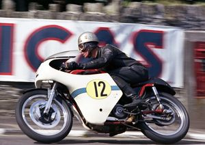 Peter Darvill (Matchless) 1966 Senior TT