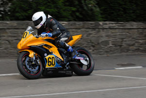 Peter Gibson (Yamaha) 2009 Senior Manx Grand Prix
