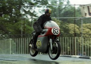 Peter Richards (Norton) 1965 Senior TT