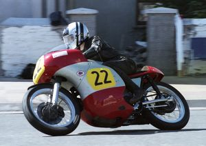 Peter Swallow (Norton) 1993 Senior Classic Manx Grand Prix