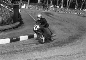 Peter Walsh (MV) 1959 Ultra Lightweight TT