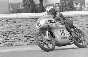Peter Williams (Arter Matchless) 1971 Senior TT