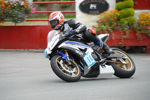 Richard Bregazzi (Yamaha) 2009 Junior Manx Grand Prix