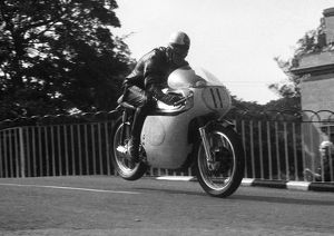 Robert Mawby (Norton) 1963 Junior Manx Grand Prix