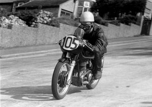 Roy Mayhew (AJS) 1960 Junior Manx Grand Prix